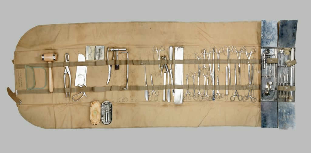 Field Surgery Kit