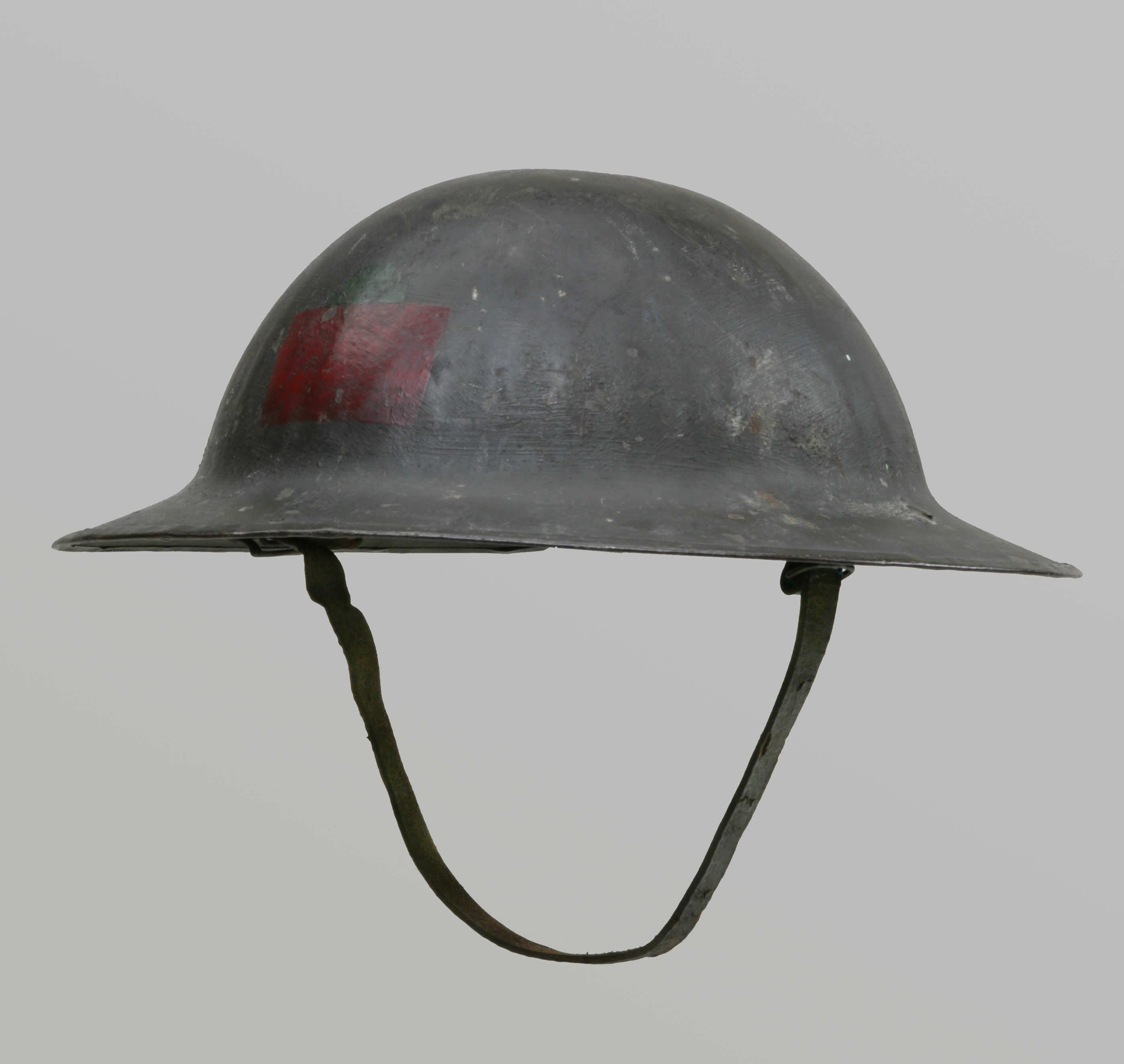 Its Not Personal >> Uniforms and Personal Gear - Helmet | Canada and the First World War