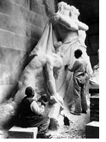French stonecarvers working on 'The Breaking of the Sword'.