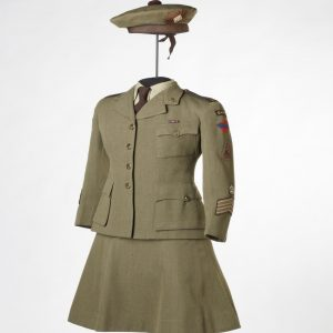 Uniform of Pipe Major Lillian Grant, Canadian Women's Army Corps, 1942